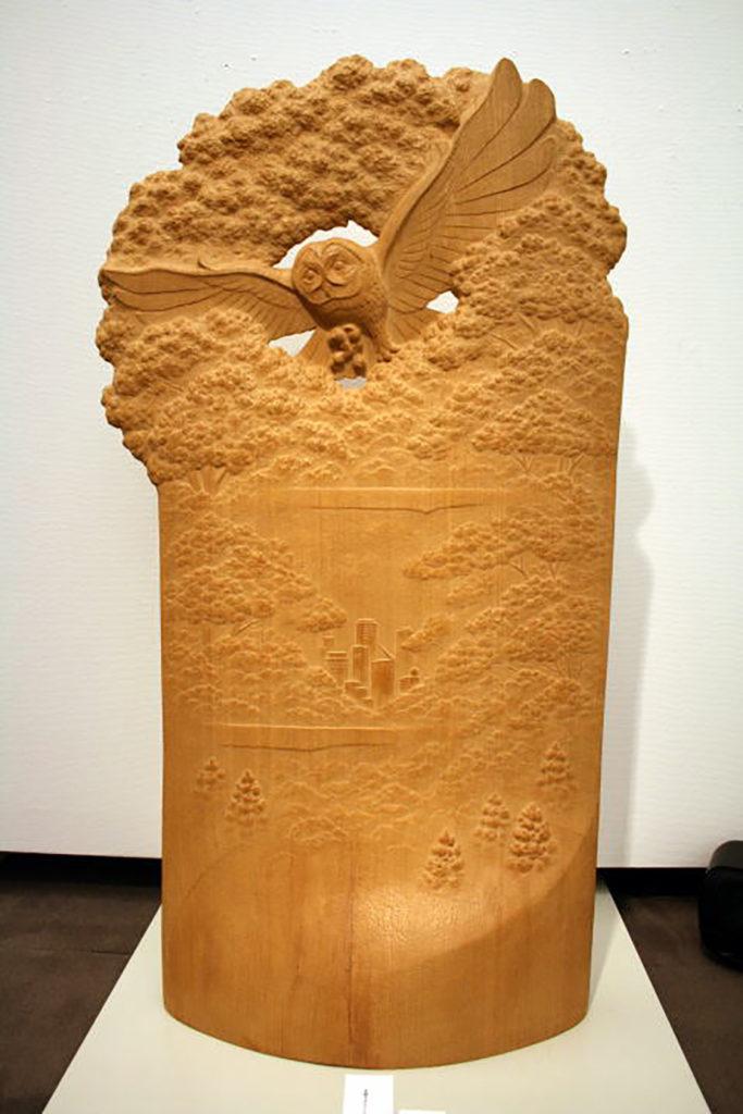オーダーメイドの木彫インテリア「フクロウ」