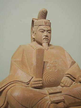 注文制作の井波彫刻天神様