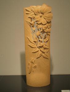 井波彫刻オーダーメイドの木彫インテリア作品「ハイビスカスとハチドリ」