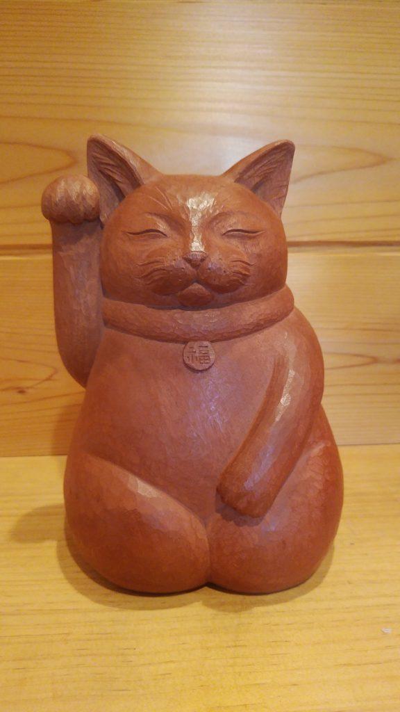 注文の木彫招き猫