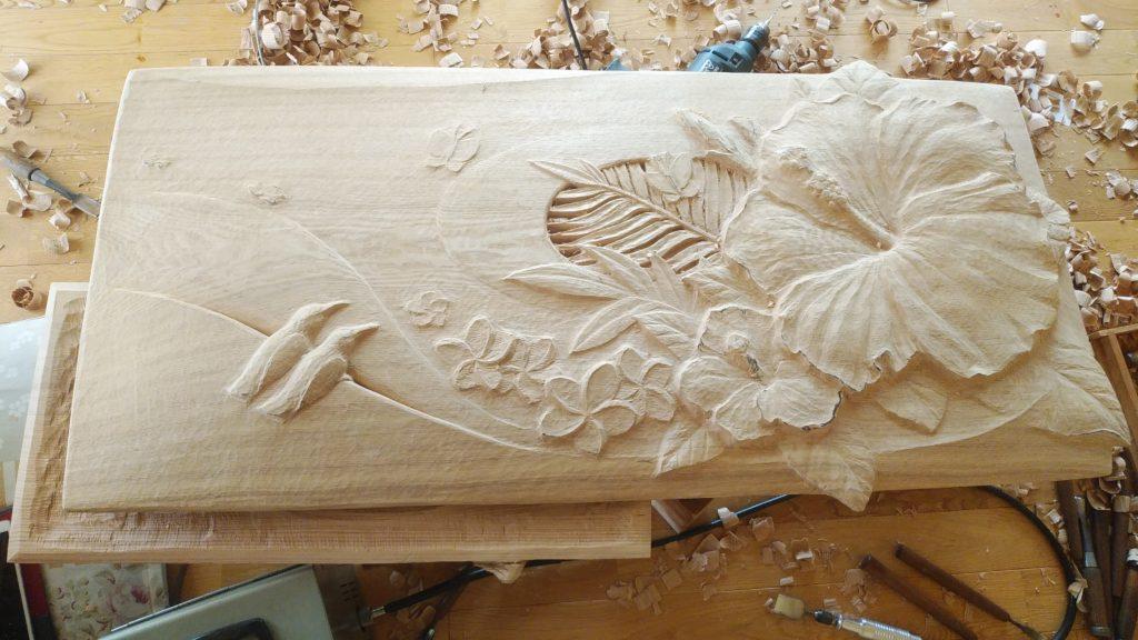 オーダーメイドの木彫レリーフの製作工程