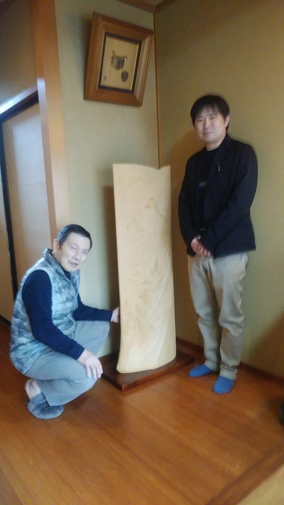 オリジナル木彫インテリアの納品写真