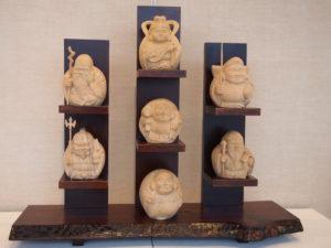 オーダーメイドの井波彫刻七福神