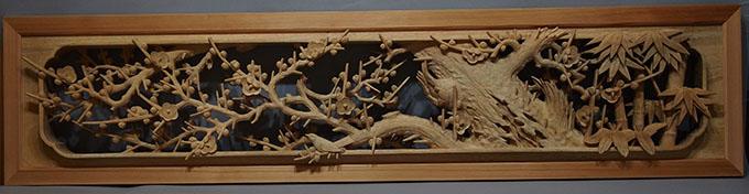 受注制作の井波彫刻の木彫り欄間